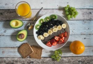 What are the benefits to having a healthy lifestyle?